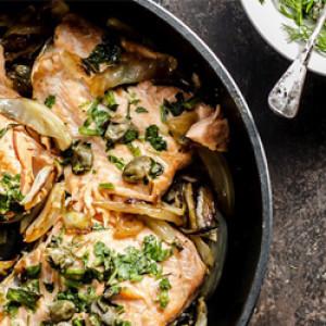 Salmone al forno con finocchi