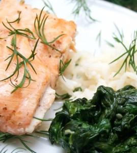 Ricetta del salmone al vapore con spinaci